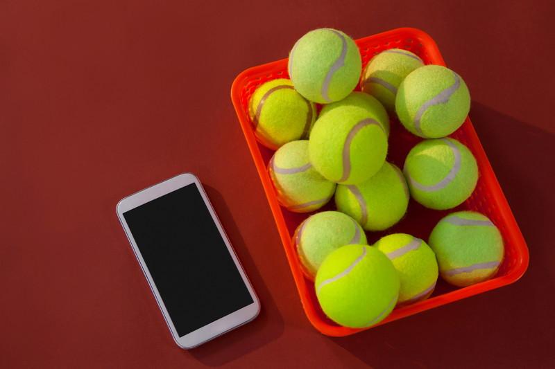 スマホ テニスボール